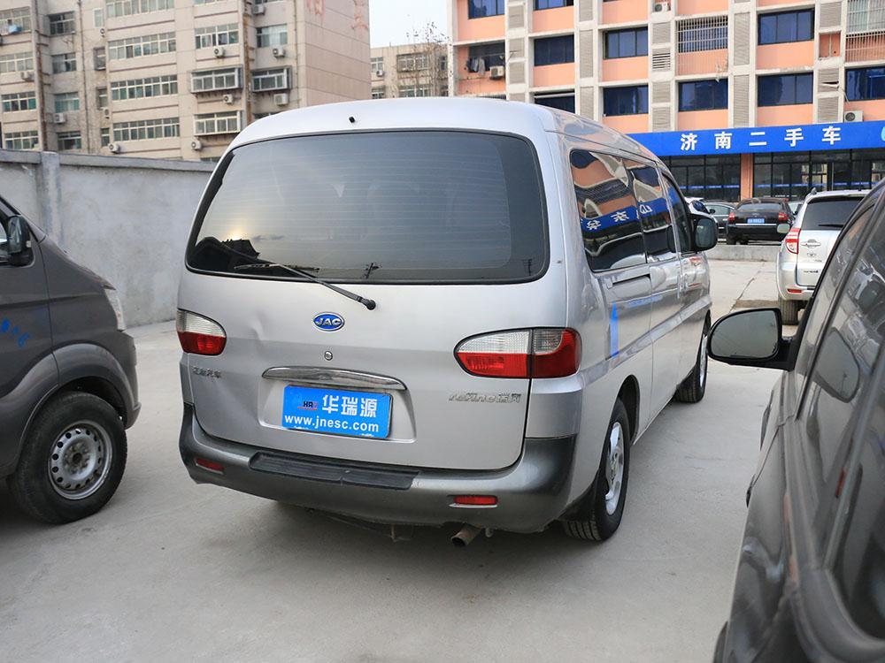 江淮瑞风2010款 2.4l汽油 手动豪华型