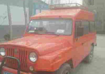 北汽制造BJ 212