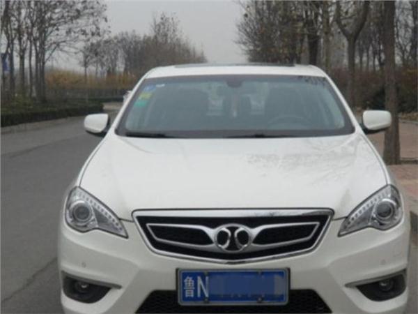 北京汽车绅宝D70