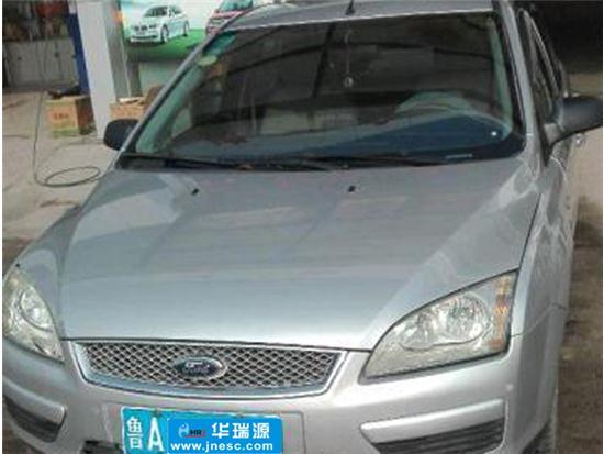 福特                                         福克斯三厢                                         2006款1.8MT舒适型