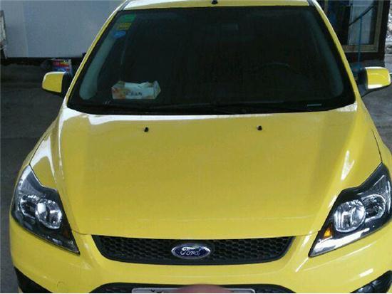 福特福克斯两厢2013款 两厢经典 1.8L 自动百万纪念版