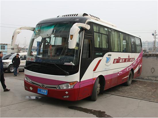 金龙凯特2014款 2.8T轻型客车豪华型SC28R