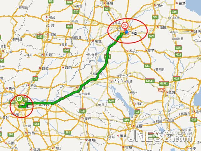 之所以会出现上述现象其实是有着根本的原因的。济南至郑州两地至今没有直达高铁或是动车,两地之间的高铁只能通过绕道的方式联通。也就是说济南到郑州的动车/高铁要先行北上取道天津,之后再南下到达郑州,形成了一个大大的倒V字形线路,使得行驶里程到达了原来的三倍!所以列车行驶的时间也就长了许多。郑济高铁开通的有着很大的必要性。