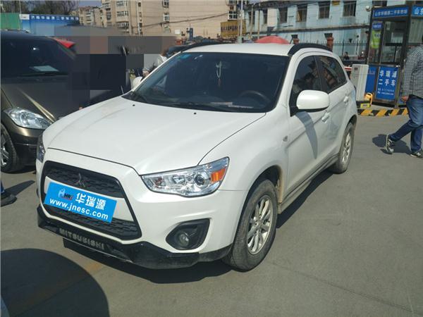 三菱劲炫ASX2015款 2.0L 自动两驱精英版