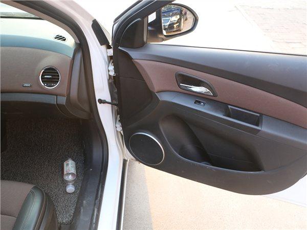 雪佛兰 科鲁兹 2015款 掀背 1.6L 自动舒适版