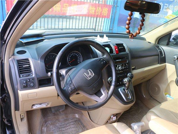 本田CRV 2010款 2.4 自动挡四驱尊贵版