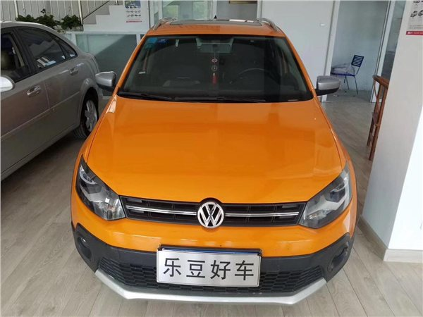 大众 POLO 2012款 1.6L Cross POLO MT
