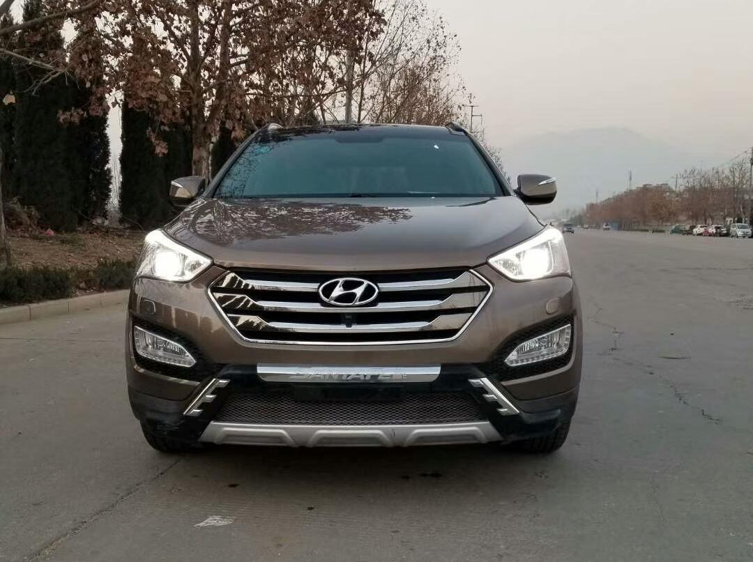 现代-全新胜达-2013款 改款 2.4L 自动四驱尊贵型