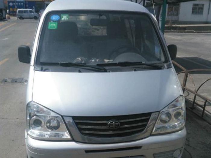 一汽佳宝2011款 1.0L 手动 7座实用型DA465QA(国Ⅳ)