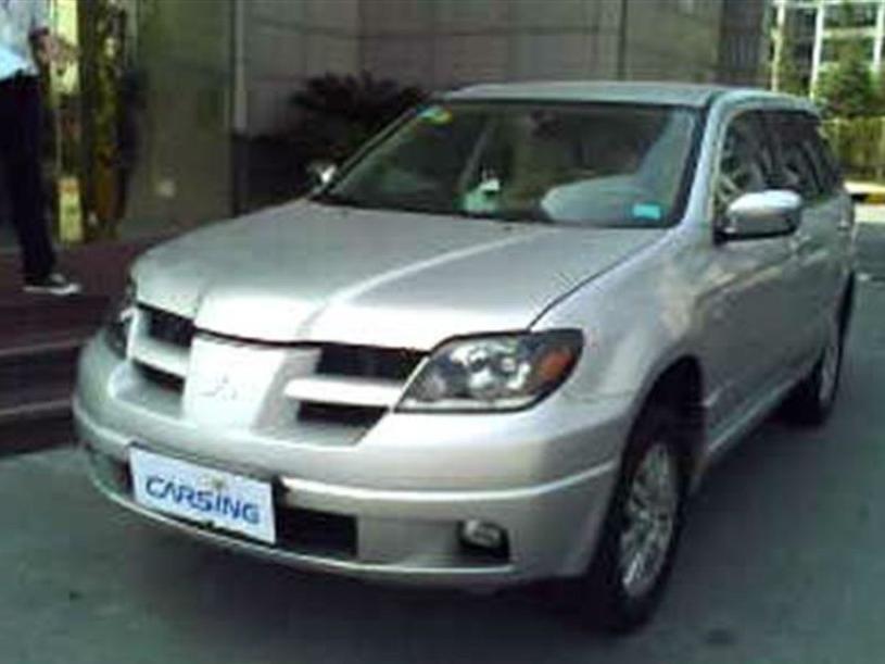 三菱欧蓝德2005款 2.4 AT AWD