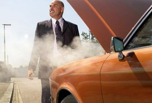 天热汽车开锅了怎么办?用这三招应对!